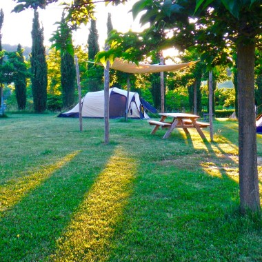 Agricamp-Picobello-B-and-B-minicamping-rental-bike-le-marche-italie